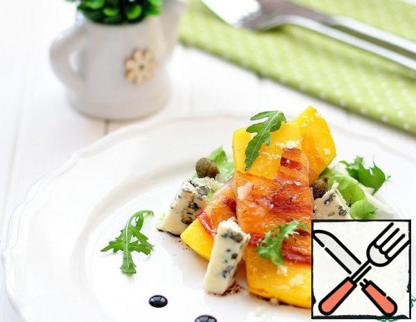 Mango, Bacon and Blue Cheese Salad Recipe