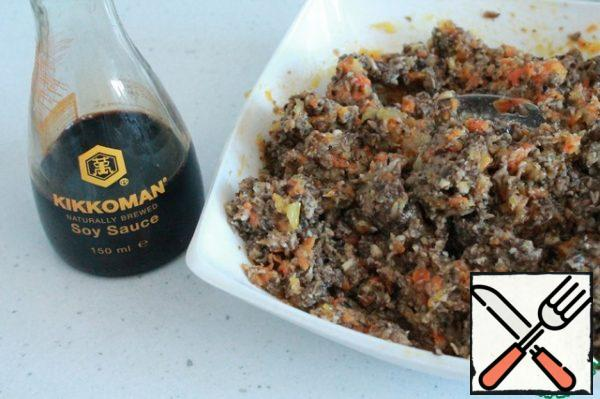 We use soy sauce to fill our mushroom caviar . Mushrooms and soy sauce go well together.