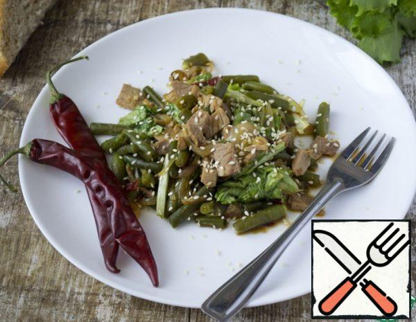 Green Salad with Meat and Beans Recipe