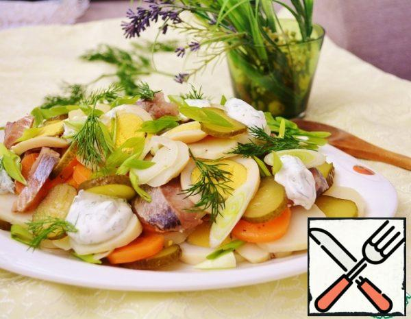 Salad with smoked Herring and Vegetables Recipe
