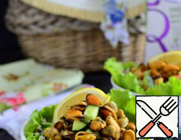 Salad with Mussels Recipe