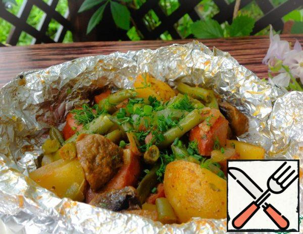 Potatoes with Sausages and Beans in Foil Recipe