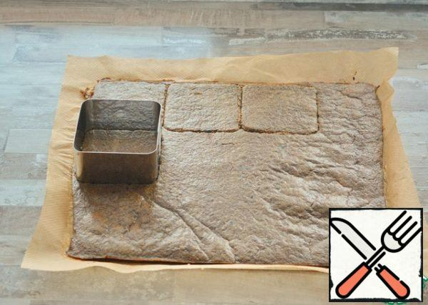 Using a 10*10 cm mold, cut out 10 squares