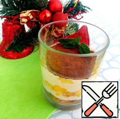 A delicate cream dessert with coffee and tropical notes is ready to delight guests and loved ones!