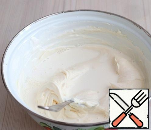 Next, add the cream (150 ml.). Mix the mixture with a whisk.
