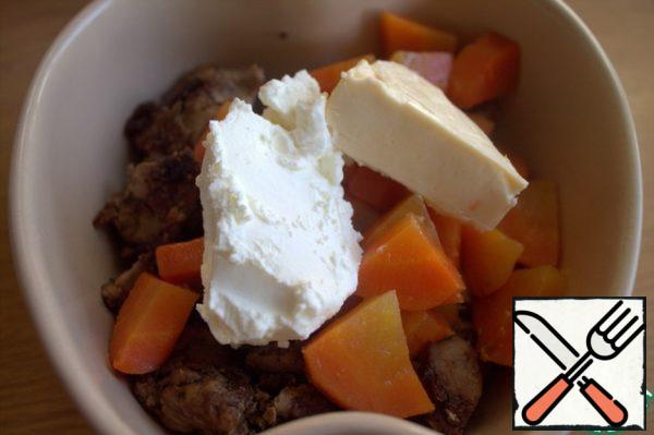 Add cream cheese and melted cheese. No cheese, pour in a couple of spoonfuls of cream.