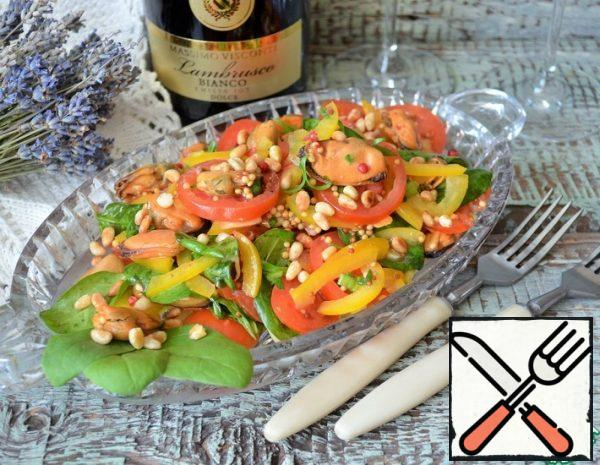 Salad with smoked Mussels and Spinach Recipe