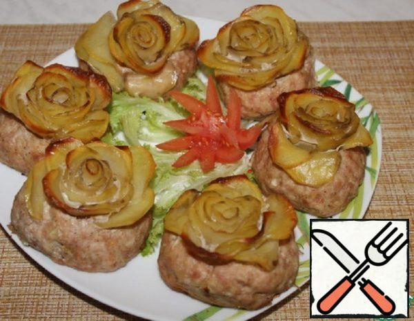 Cutlets with Potato Roses in the Oven Recipe