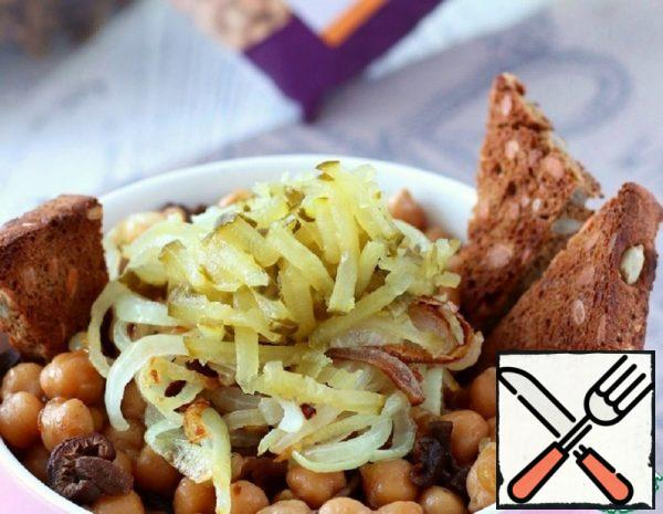 Chickpeas with a Complex Side Dish and Croutons Recipe