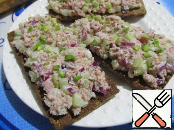 """For the base, I chose the bread """"Generous""""Borodinsky"""". In my opinion, they go well with fish.Bon Appetit!!!"""