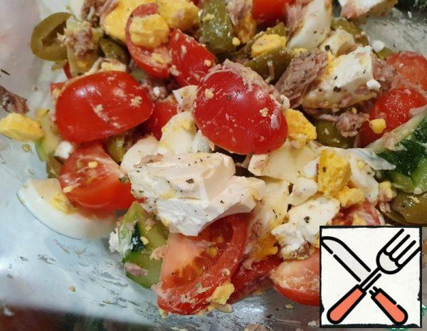 Simple and delicious Tuna Salad Recipe