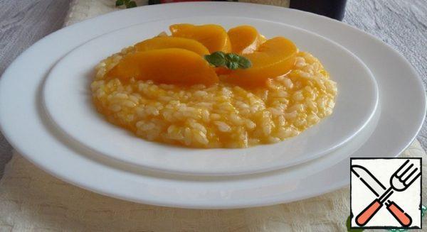 Pumpkin-Rice Porridge with Peaches Recipe