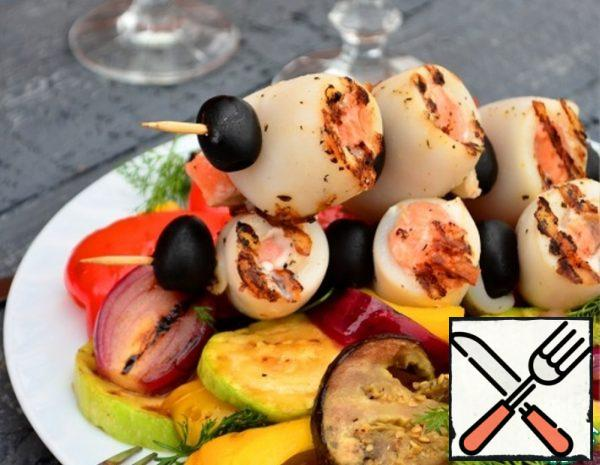 Squid and Salmon Shish Kebab with grilled Salad Recipe