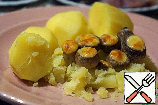 Serve as you like, I had boiled potatoes.