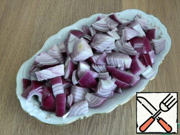 Put the red onion in the pot first.