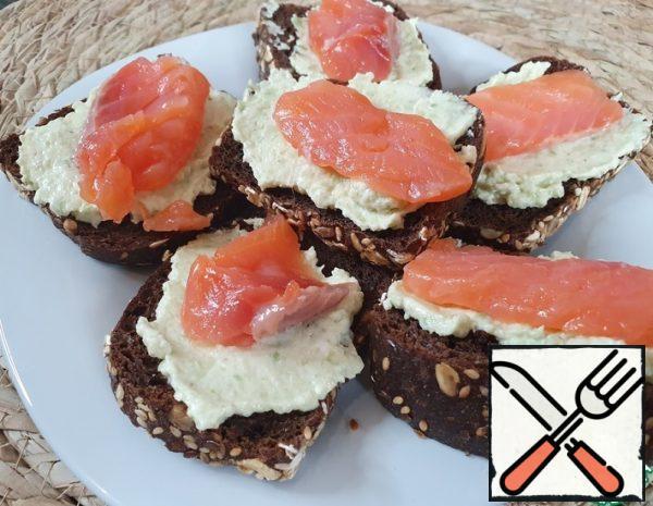 Avocado Toast with Salmon Recipe