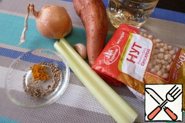 Prepare everything for the soup. In the ingredients, chickpeas are indicated already boiled, in the volume of one glass.