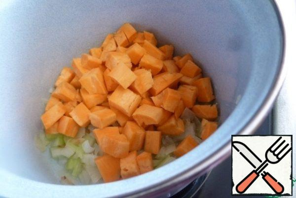 Add the sweet potatoes, cut into cubes and fry for another 3-5 minutes.