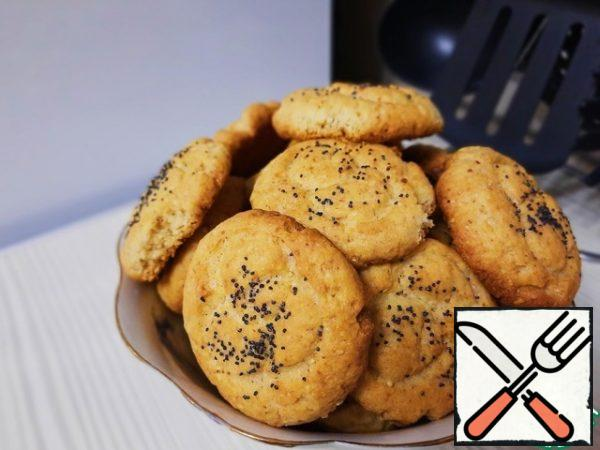It turns out very tasty crumbly cookies for tea with a nutty-cheese taste. Such cookies are definitely worth trying to cook.