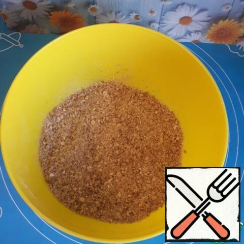 Add vegetable oil and rub everything with your hands so that the oil is absorbed.