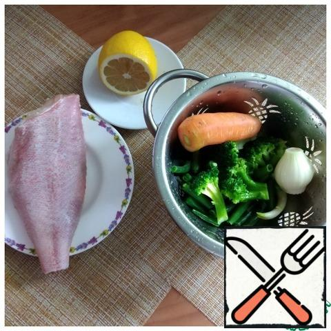 The products are all weighted. I have a portion should come 150 g of fish and 150 g of vegetables. Oil minimum. If desired, a little salt, I do not salt.