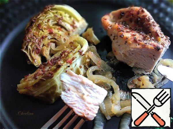 Of course, the turkey can be baked separately from the cabbage. Cabbage can be taken and more and put on a baking sheet. Eat as a main course, for example: on fast days or for vegetarians. Very soulful cabbage.