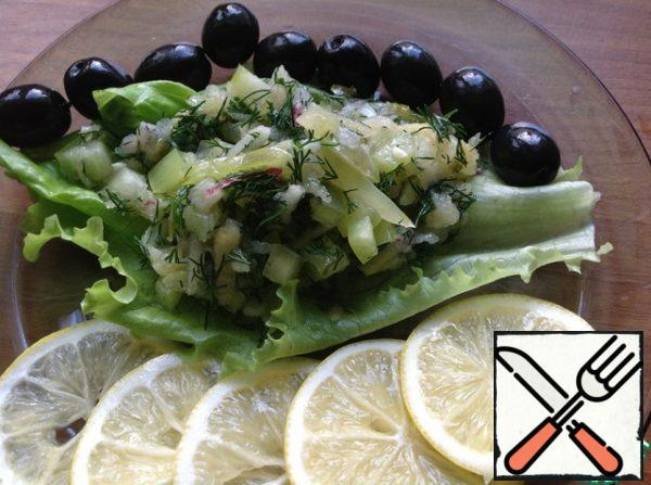 Serve in a salad bowl or in portions on a lettuce leaf.
