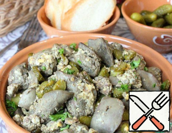 Liver, fried with Egg and Gherkins Recipe
