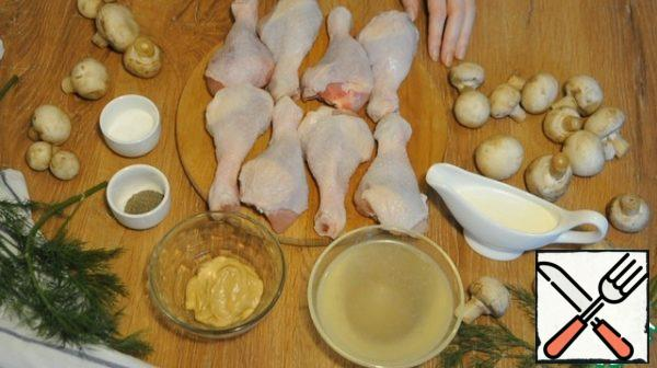 Add salt and pepper to the chicken drumsticks. Fry in a hot frying pan on all sides, until golden brown.