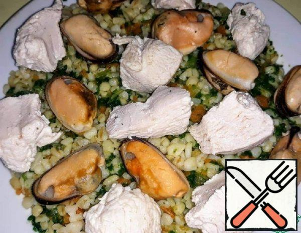 Bulgur with Mussels, Chicken and Vegetables Recipe