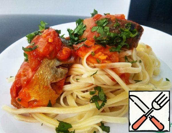 Mackerel in Orange and Tomato Sauce with Pasta Recipe