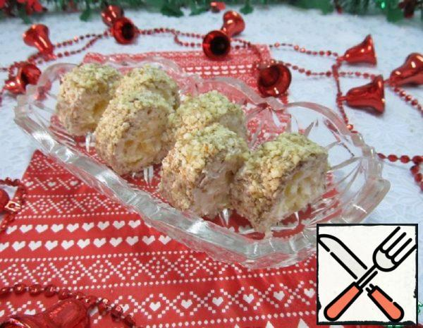Cream Cheese Rolls with Pineapple Recipe