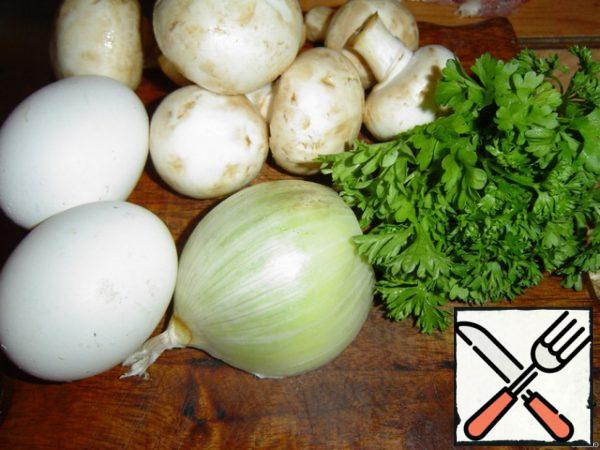 We start working with the preparation of an omelet.