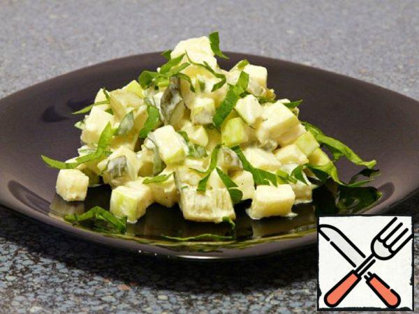 Salad with pickled Cucumbers and Apples Recipe