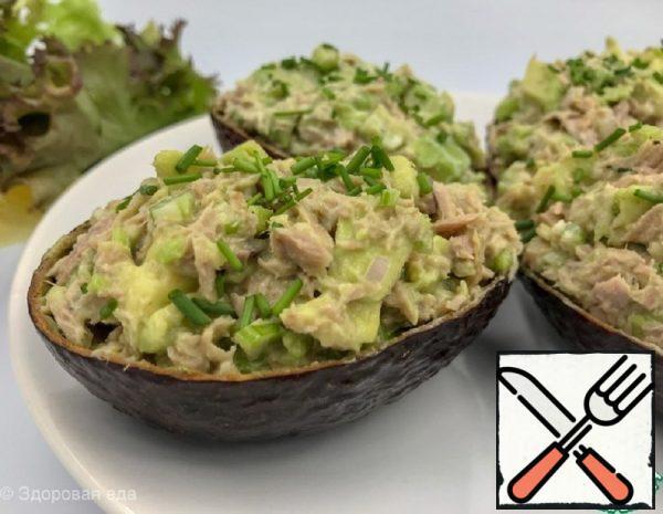 Salad with Tuna and Avocado Recipe