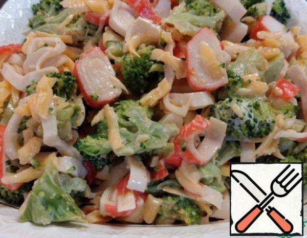 Salad with Broccoli is Light Recipe