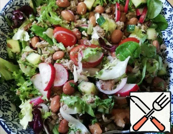 Minced Meat Salad with Vegetables Recipe