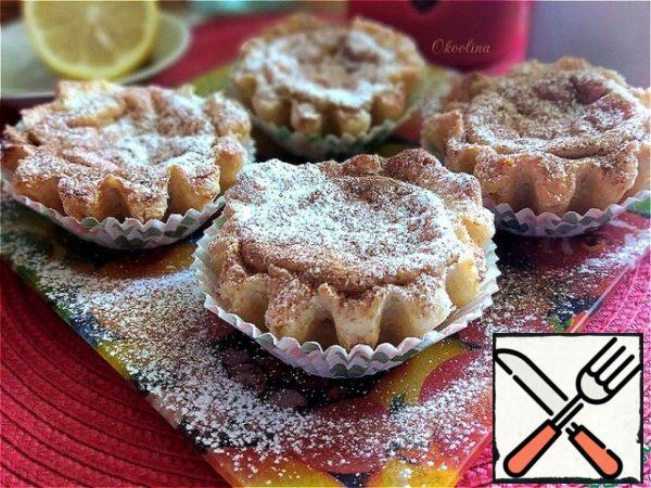 Serve warm, pre-sprinkled with ground cinnamon. The Portuguese also sprinkle powdered sugar, apparently, it is not sweet enough for them. I will also stick to this stage and sprinkle with powder!