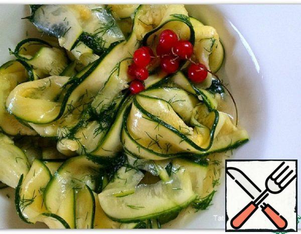 Pickled Zucchini in a Quick Way Recipe