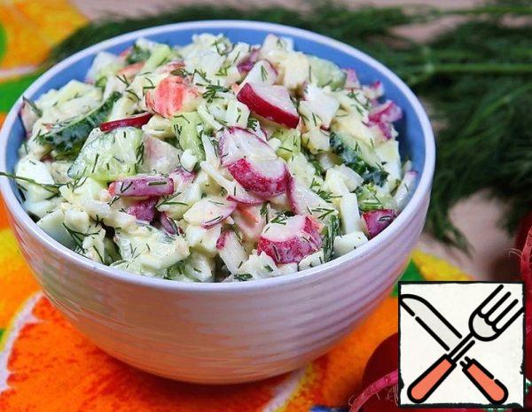 1. Boil the eggs and cool them. 2. Cut each radish in half, then cut into thin plates. Cut the cucumber and crab sticks into cubes. Crumble the greens.